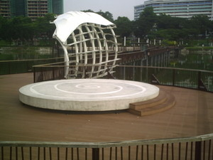 Photo Two of Heritage Bridge - meeting-point of Singapore fitness boot camps.